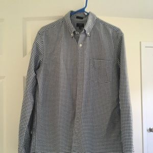 Gap Men's button down slim fit shirt
